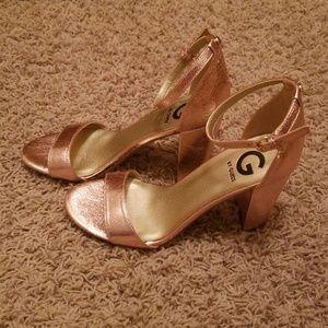 NWOT Metallic Pink Heels